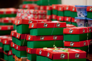 christmas-shoe-boxes-mwfx5lxf